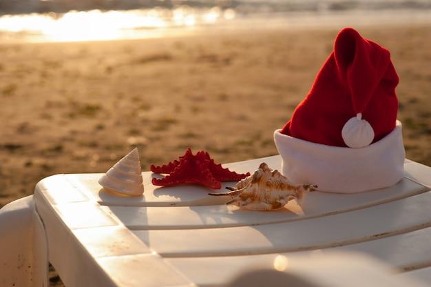 サンタクロースの帽子、熱帯のクリスマス