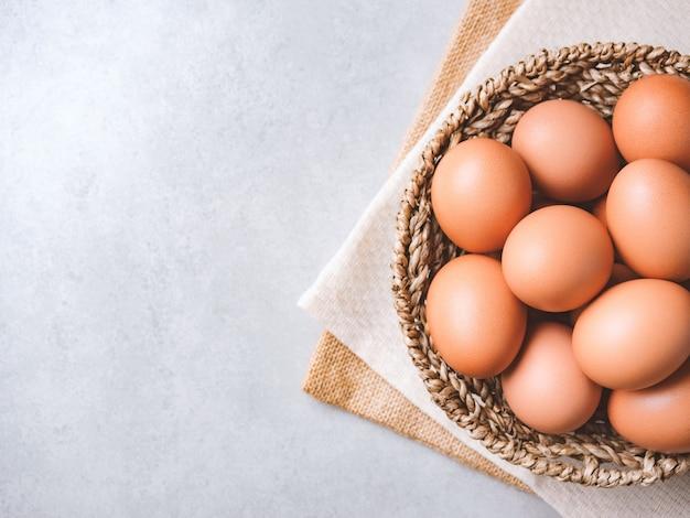 Органические куриные яйца