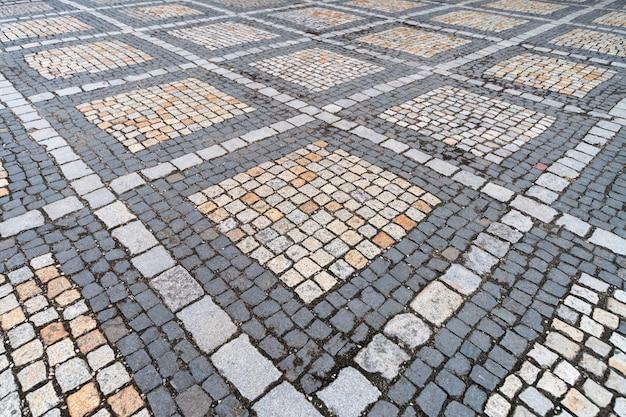 市のダウンタウンの古代ドイツの敷石のパターン