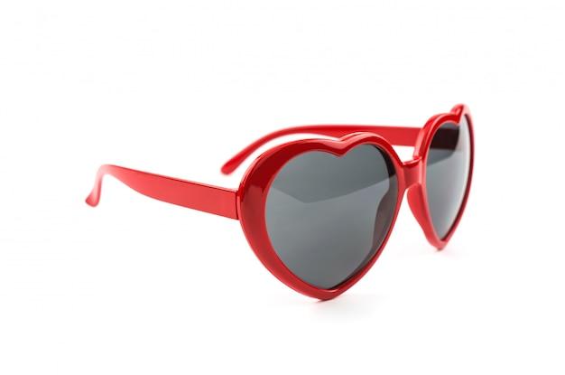 赤いハート形のサングラス