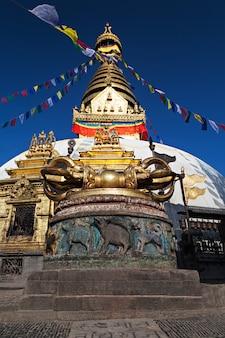 スワヤンブナート寺院