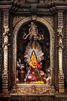 ヒンズー教の寺院の祭壇