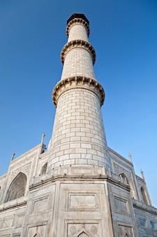 Одиночная башня тадж махал