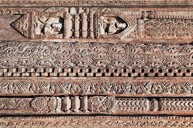 ヒンドゥー寺院の装飾