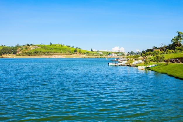 Озеро григорий, нувара элия
