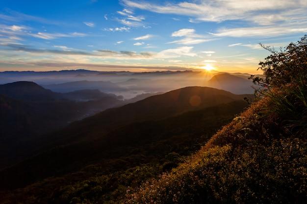 Вид на восход адамс пик