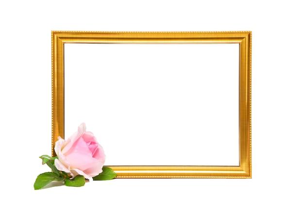 ゴールドフレームとピンクのバラ