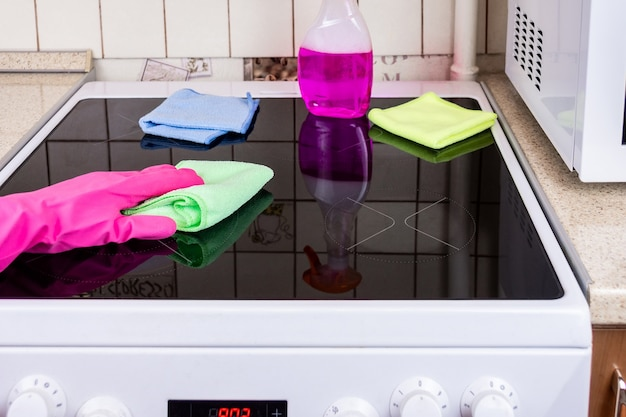 台所のストーブの掃除