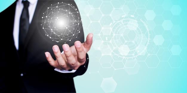 Бизнесмен, сетевые технологии и связь
