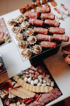 カナッペと美味しいお食事をご用意した美味しいお祝いビュッフェ