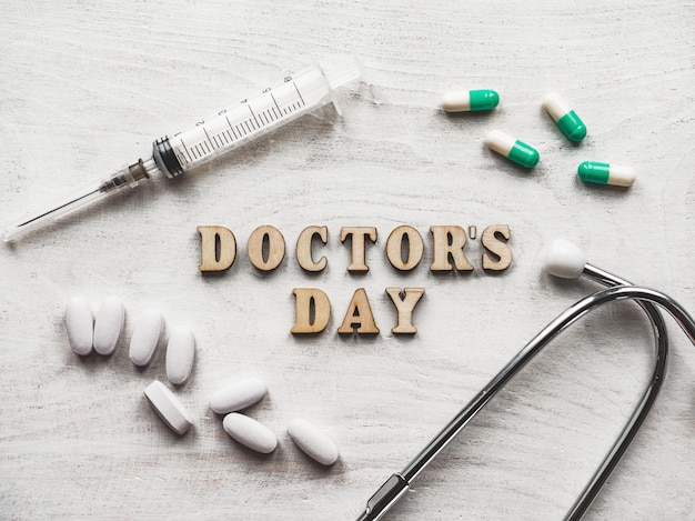 幸せな医者の日の背景