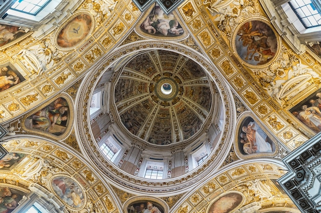 私のイタリアへの旅。永遠の都ローマ