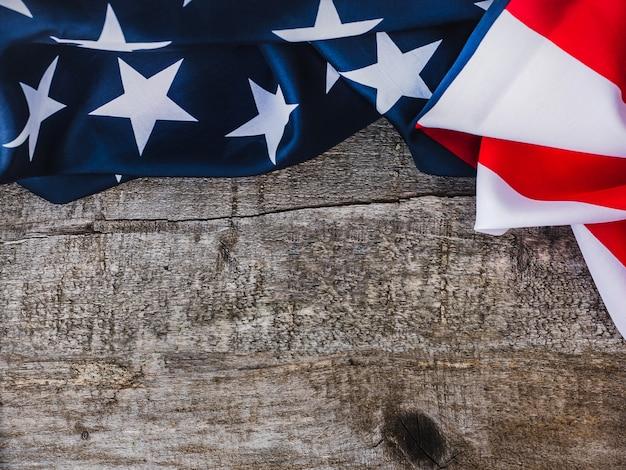 Американский флаг. красивая открытка. закрыть