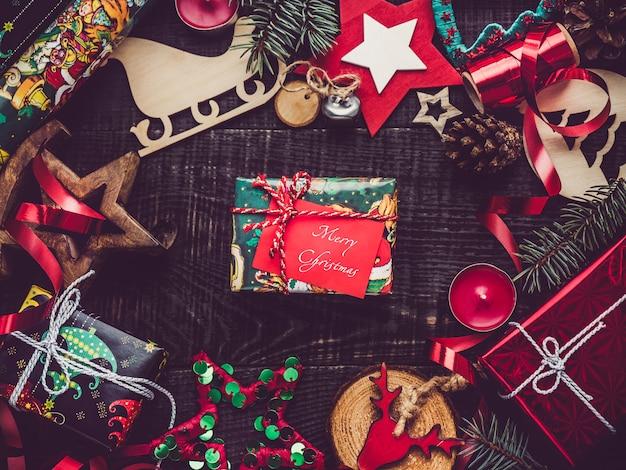 メリークリスマス、美しいグリーティングカード。