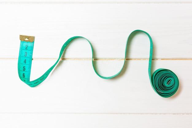木製、縫製のコンセプトにスパイラル巻尺の創造的なアイデア