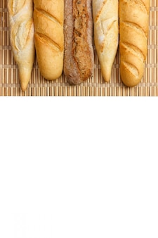 Багет из цельнозернового хлеба