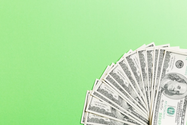 米ドル:さまざまな米ドル紙幣のだらしないファン