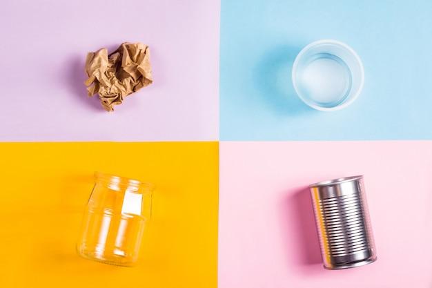 リサイクルのための家庭ごみの分別環境保全のコンセプト