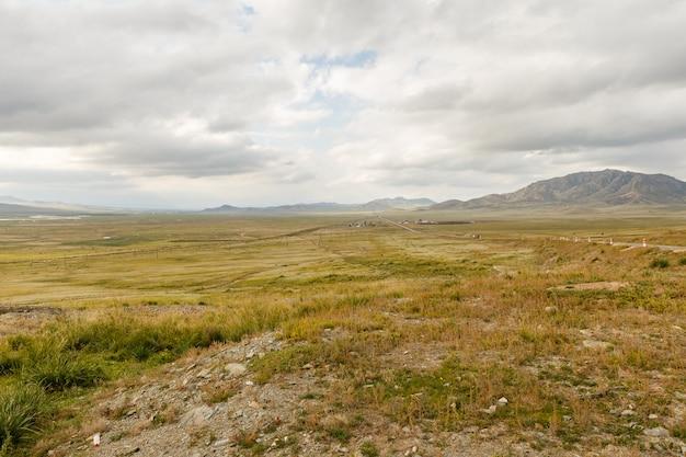 オルホン渓谷のモンゴルの風景