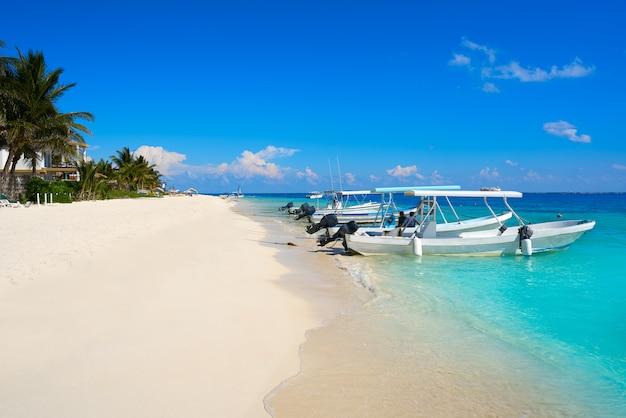 Пляж пуэрто-морелос на ривьере майя