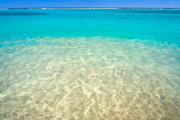 Карибский пляж бирюзовая вода текстура