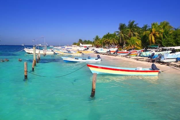 Исла мухерес мексика лодки бирюзовое карибское море