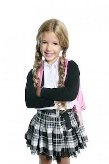 バックパックバッグの肖像画と小さな金髪の学校の女の子