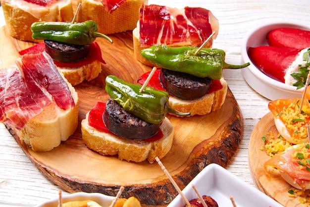 スペインのタパスミックスとピンチョスのレシピレシピもピンチョス