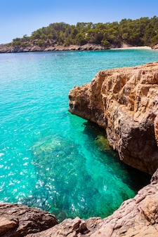 Ибица кала салада и саладета в балеарских островах