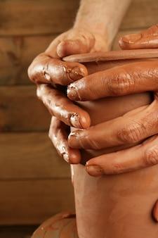 陶芸職人粘土陶器手仕事