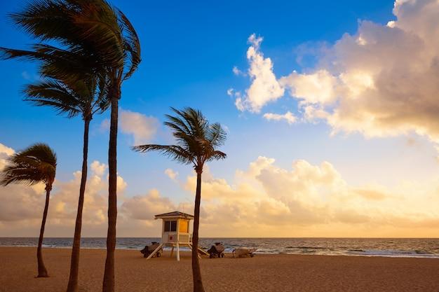 フォートローダーデールビーチの日の出フロリダ米国