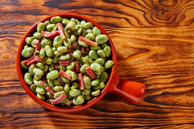 スペイン産イベリコハムとタパスリマ豆