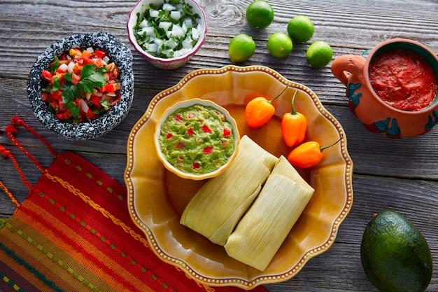 トウモロコシの葉のメキシコタマーレタマレス