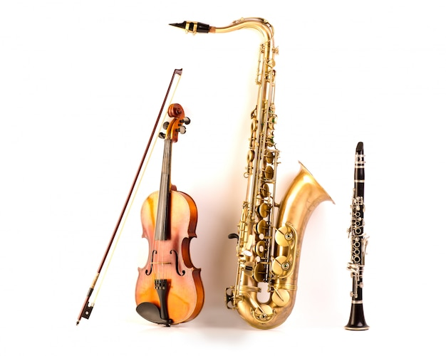 サックステナーサックスバイオリンとクラリネット、ホワイト