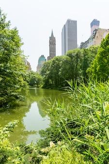 セントラルパーク池マンハッタンニューヨーク