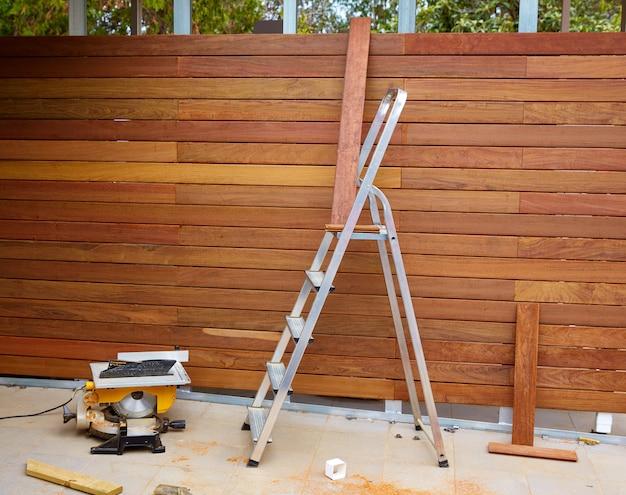 イペウッドフェンス設置大工テーブル鋸