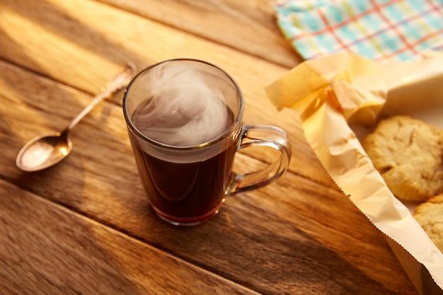 Кофе с печеньем печенье домашнее винтажное дерево