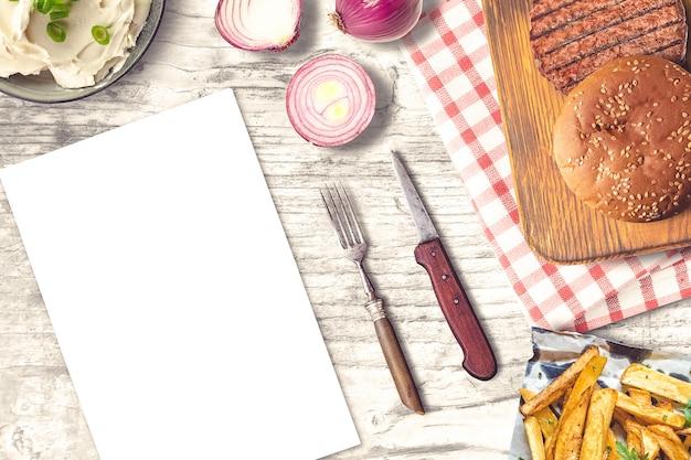 Макет бургера и картофеля фри