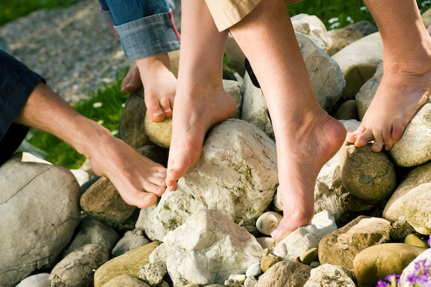 健康的な足 - 石の上