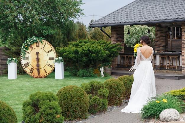 魅力的な花嫁