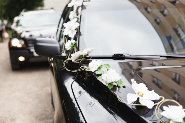 結婚式のコルテージで車