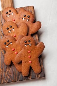ハロウィンのカボチャとコウモリのクッキー。