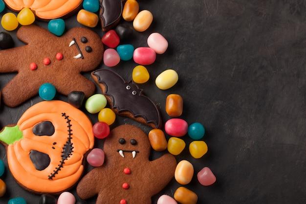 ハロウィンかぼちゃ、バット、ジンジャーブレッド人。