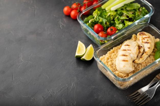 健康的な食事準備容器。