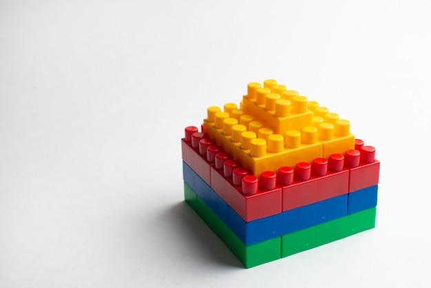 Детское развитие, строительные блоки, строительство зданий и грузовик