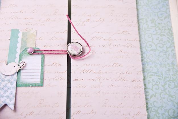 Скрапбукинг лист из альбома для ребенка в стиле шебби шик.