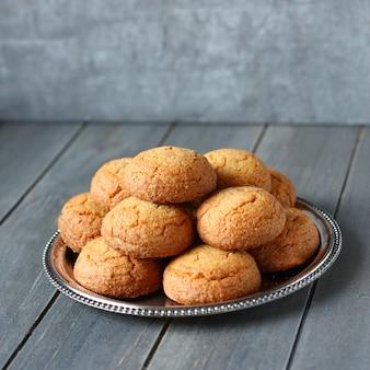 Голландское миндальное печенье называется