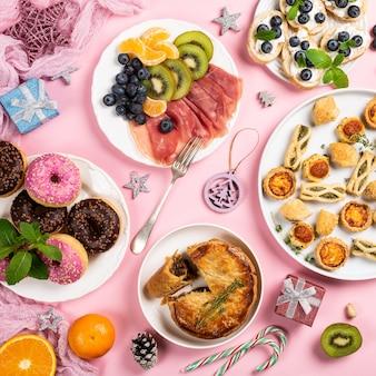 クリスマスディナーパーティーテーブル