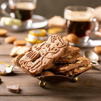 Голландский праздник синтерклаас праздничный завтрак