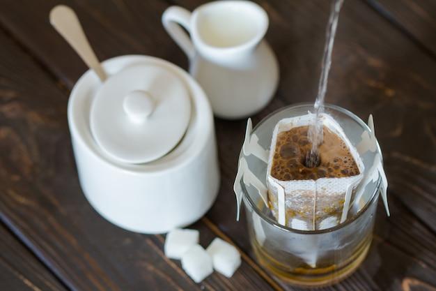 フィルター代替品によるコーヒーの調製